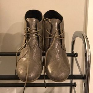 metallic tom wedge sneakers - size 12 limited use